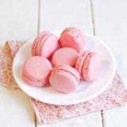 Macarons клубника - базилик