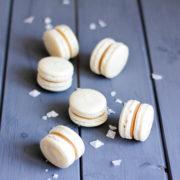 Macarons соленая карамель