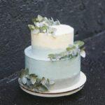 Свадебный торт с эвкалиптом