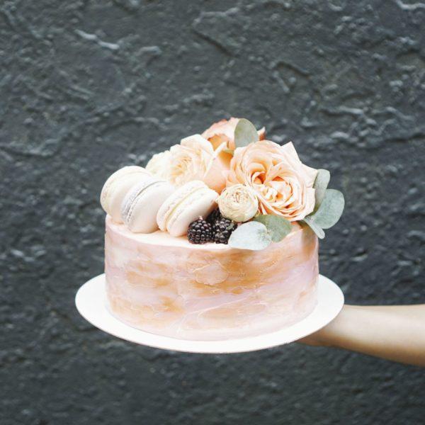 Цветы и macarons
