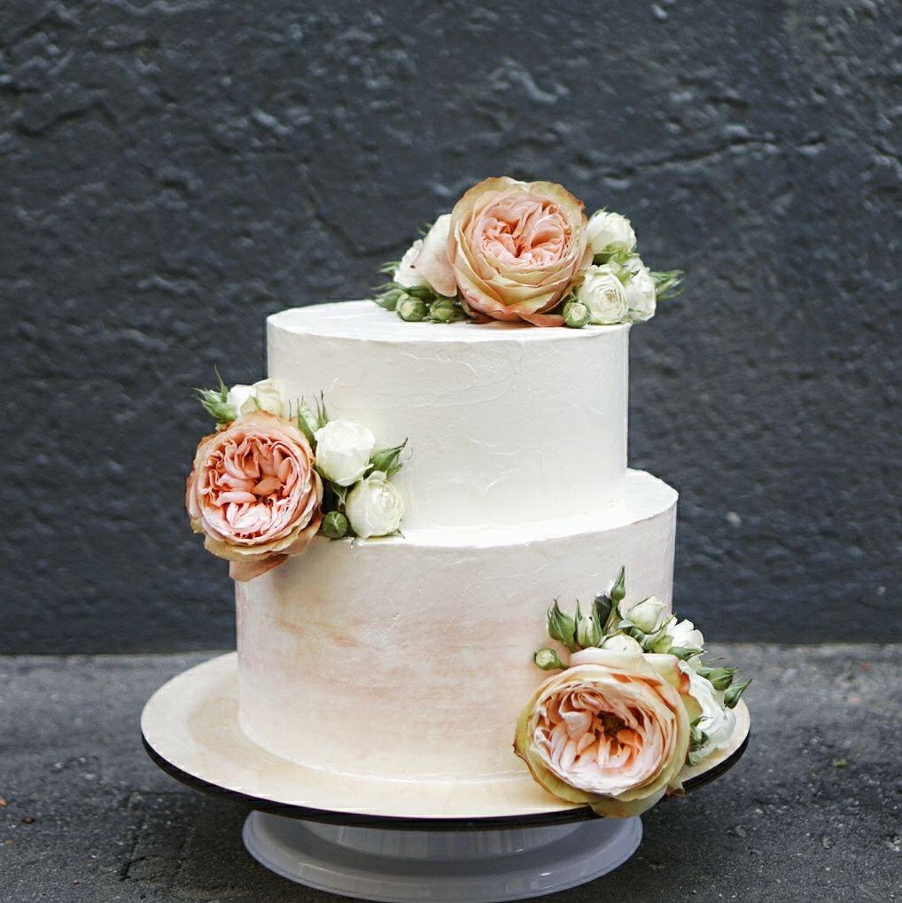 Торт Свадебный с цветами 2018 на заказ