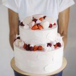 Ягодный свадебный торт москва