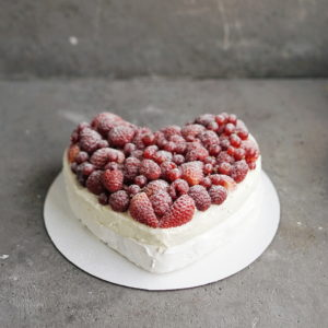 Торт Павлова на День День Всех Влюбленных в подарок