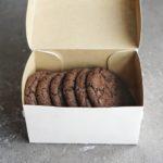 упаковка шоколадного печенья