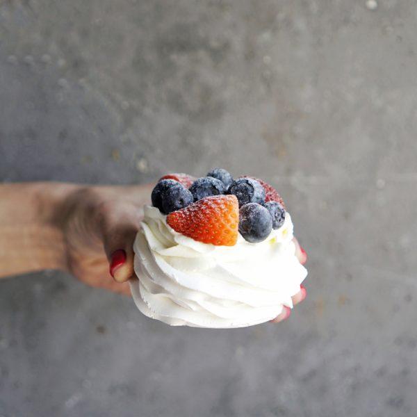 Десерт Павлова на заказ москва