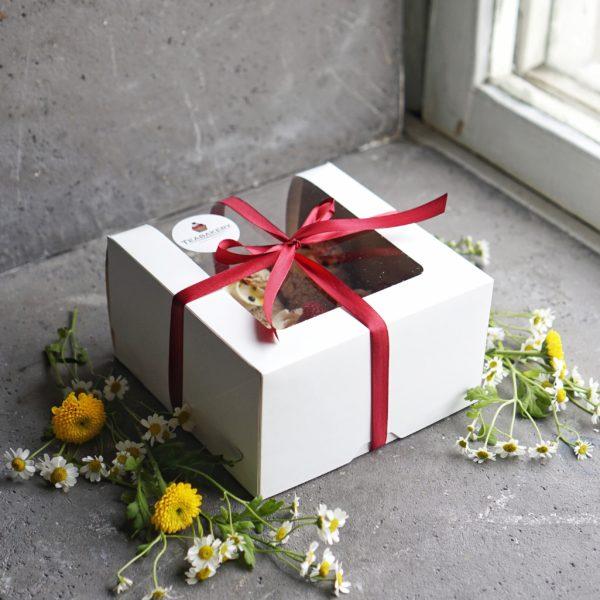 Коробка для десертов на заказ москва