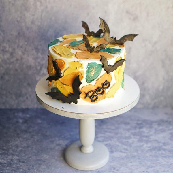 торт с летучими мышами Хэлоуин